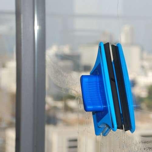 """מגב הפלא לניקוי חלונות עבים עד 8 מ""""מ תוצרת ישראל"""