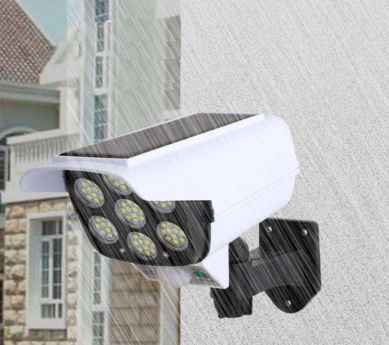 פרוגקטור סולארי X-CAM המשלב 72 נורות LED ומשמש גם כמצלמת דמה,כולל חיישן תנועה,אור ושלט