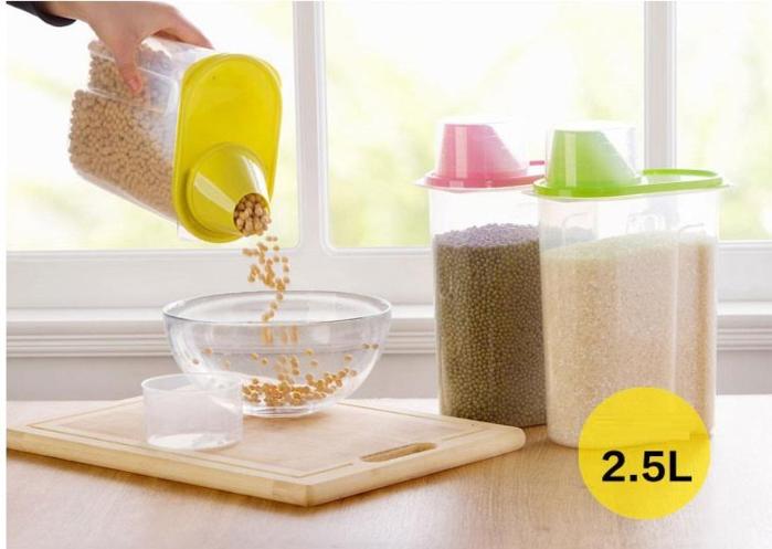 סט 4 מיכלי אחסון 2.5 ליטר הכוללים כוס מדידה מובנת לאחסון קטניות,פסטה,דגני בוקר, אורז ועוד